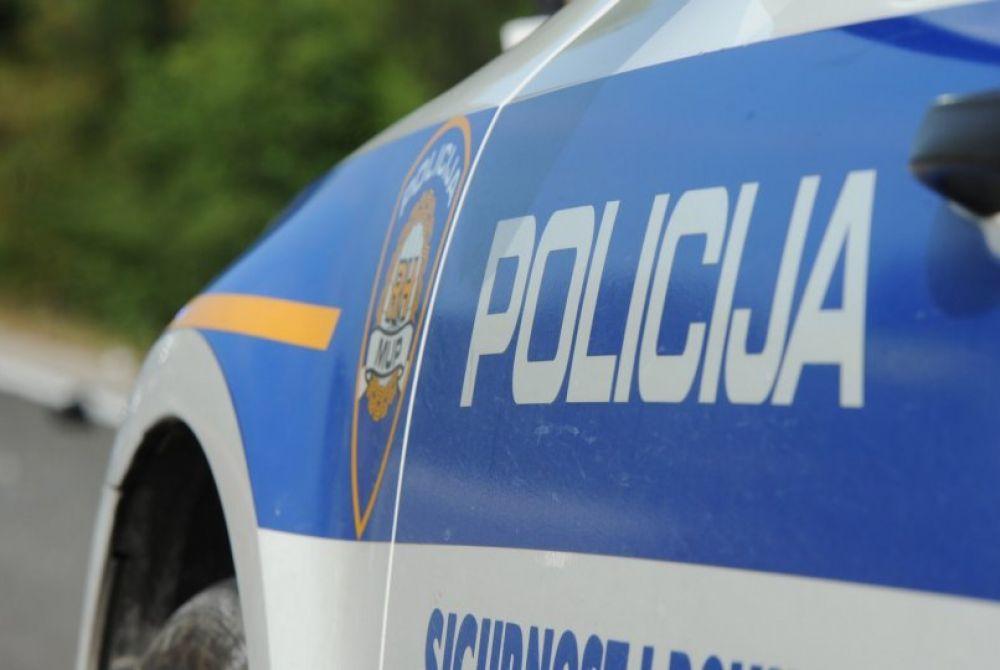 Masovna tučnjava devet osoba usred noći u Vukovaru, jedna je zadobila teške tjelesne ozljede