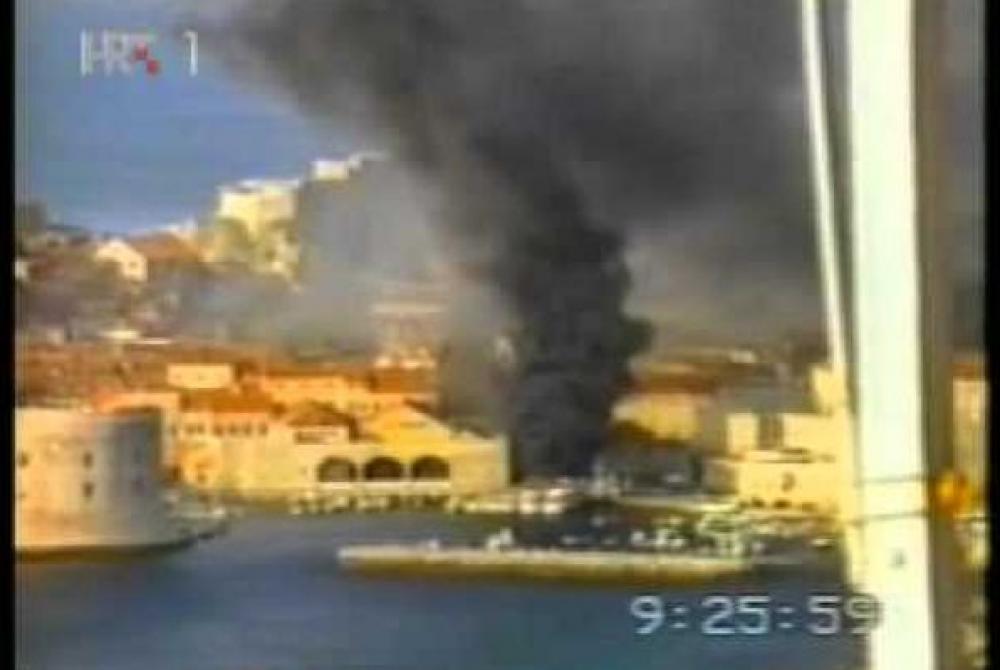 23. listopada 1991. Zločini srpske vojske – bombardiranje povijesne jezgre Dubrovnika