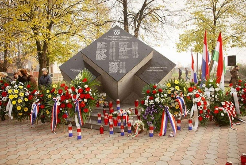 (VIDEO) 21. studenoga 1991. Tragedija Laslova – kako je huškački srbijanski agitprop i Mađare nazivao 'ustašama'?