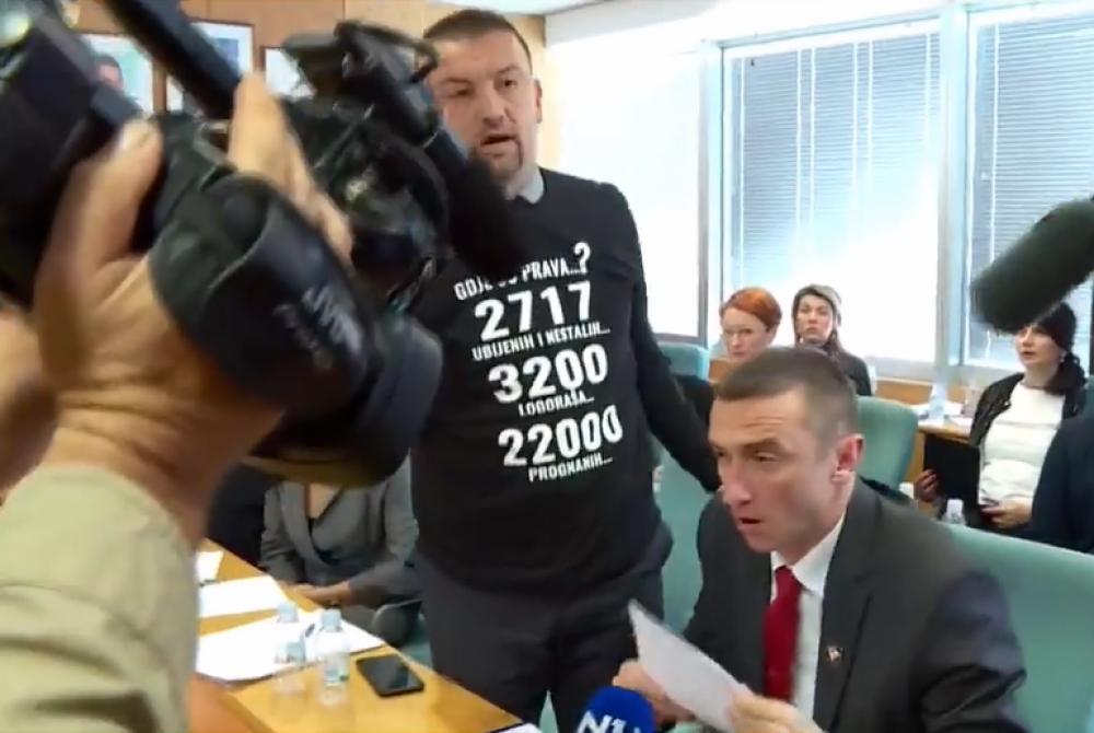 VIDEO: Marijan Pavliček brani čast Grada Vukovara