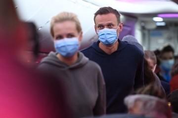 Navalni je još u pritvoru, zasad mu nije dopušten kontakt s odvjetnikom