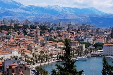 Postoji li u Splitu paralelna linija upravljanja Gradom?