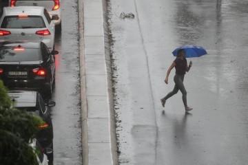 Stiže novo nevrijeme: Popodne opet kiša, grmljavina, vjetar...