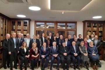 Predstavnica županija i gradova iz Republike Hrvatske posjetili kardinala Puljića