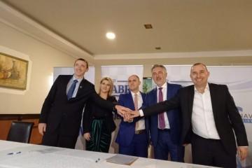 Škoro, Penava, Dabro i Matić potpisali sporazum o suradnji: 'Potrebno je zajedništvo'