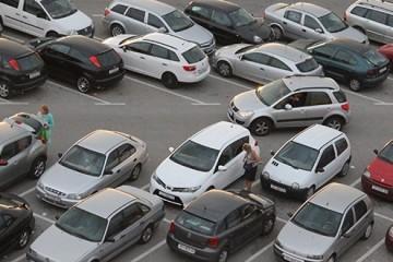 Gradonačelniče, osigurajte parking za motore