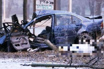Strava u Osijeku: Troje mrtvih u sudaru, auto je prepolovljen!