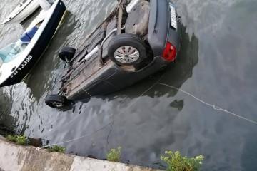 ZADAR Prometna na Trpimirovoj; Rano jutros vozač (60) sletio u more