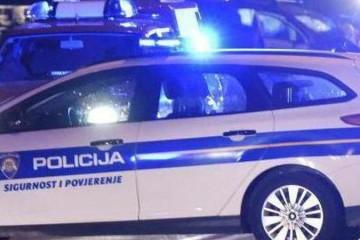Moped se sudario s kamionom: Vozač je na mjestu preminuo