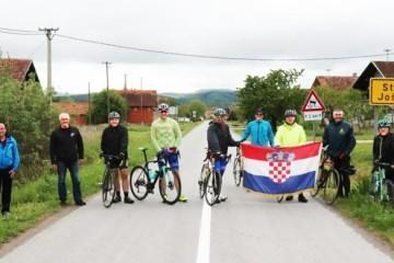 Hrvatski branitelji biciklima spojili istok i zapad županije