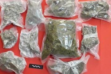 Zadar: Kod mladića (28) našli su 2,7 kilograma marihuane