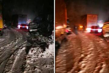 Sudarili se auto i kamion: 'Tu je totalni kolaps zbog snijega'