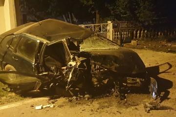 """Teška prometna u Resniku – mladića odvezla hitna, auto uništen do neprepoznatljivosti: """"Letio je zrakom više od 50 metara – jaukao je od bolova"""""""