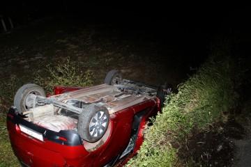 Teška nesreća u Splitu: Automobil sletio s ceste, jedna osoba poginula