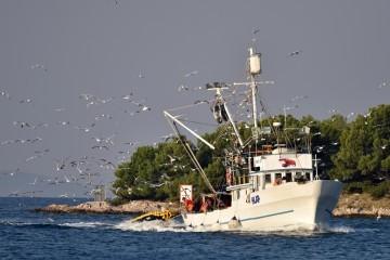Kakva avantura dvojice Hrvata: Krenuli ribariti pa zaspali na brodu koji je na kraju potonuo, plivali tri sata do Italije