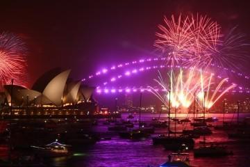 Svijet dočekuje 2020.: Neke zemlje već ušle u novu godinu, vatrogasci dali zeleno svjetlo za vatromet u Sydneyju
