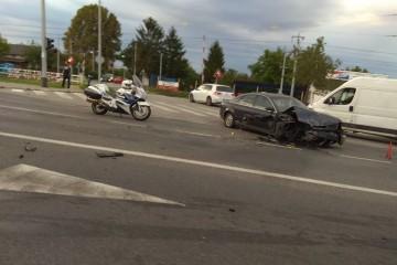 FOTO: U velikoj prometnoj nesreći na Branimirovoj sudjelovalo pet automobila