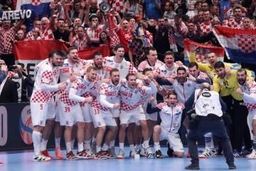 OD 16:00 Hrvatska po novu pobjedu koja može malo olakšati posao u srijedu