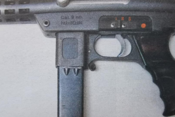 Kratka strojnica Agram 2000