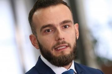 Aladrović otkrio detalje sastanka na kojem raspravljalo o Zakonu o radu, formiranju minimalne plaće, regulaciji rada nedjeljom