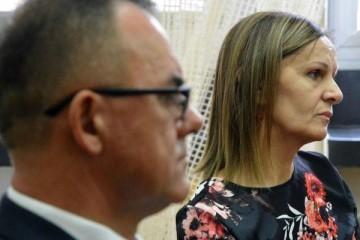 Alojz Tomašević proglašen je danas na Općinskom sudu u Slavonskom Brodu krivim za obiteljsko nasilje