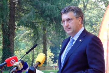 PLENKOVIĆ U VARIVODAMA: 'Zbog Hrvata koji su činili zločine, ispaštali su generali'! Moramo se suočiti sa prošlošću'!