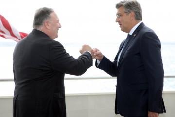 Američki državni tajnik Pompeo: Mi ćemo dati povoljnu ponudu za zrakoplove, na Hrvatskoj je da donese suverenu odluku