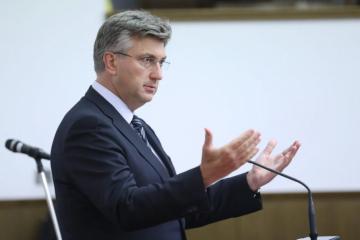 Plenković o odluci Ustavnog suda: Vlada i Stožer djelovali su u cilju zaštite hrvatskih građana