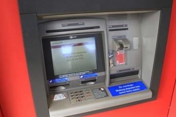 Uskoro bi moglo 'nestati' čak 50 posto bankomata u Hrvatskoj?