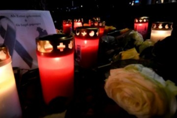 Uhićeni mladići koji su počinili UBOJSTVO KOJE JE ŠOKIRALO NJEMAČKU: Na božićnom sajmu pretučen na smrt pred suprugom