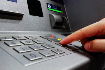 OD SRPNJA APSOLUTNA ZABRANA PLAĆANJA GOTOVINOM U EU: Država će znati za svaku vašu transakciju