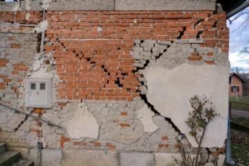 Oko 12.44 sati područje Sisačko- moslavačke županije zatresao je potres magnitude 3,5 po Richteru, podaci su seizmologa.