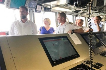 Banožić posjetio brod američke ratne mornarice u Splitu: Obrambena suradnja Hrvatske i SAD-a traje dugo, zahvalni smo na potpori