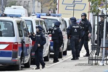 Policija identificirala jednog napadača u Beču: Ubijeni je bio je simpatizer ISIS-a. U Austriji proglašena tri dana žalosti