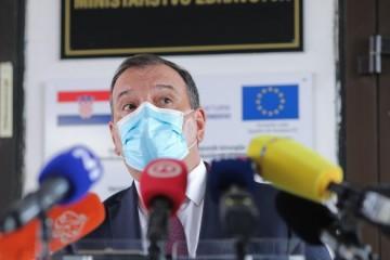 Beroš o AstraZeneci: Poruka je vrlo jasna, nema dokaza za obustavu cijepljenja, nuspojave su minorne