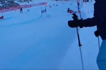 [VIDEO] NEZGODA NA STAZI: Austrijanac pokosio hrvatskog novinara na skijalištu