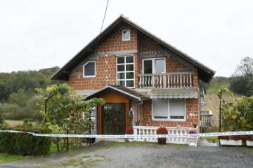 UHIĆEN OTAC NAPADAČA S MARKOVA TRGA Policija u kući pronašla dvije puške s optičkim ciljnicima i prigušivačem, streljivo...