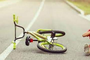 Umalo tragedija u Đurđevcu: Dijete samo i bez kacige ozlijeđeno u padu s bicikla