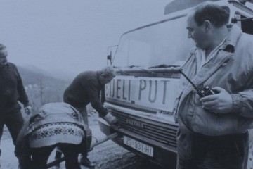 10. prosinca 1993. godine krenuo konvoj Bijeli put za Novu Bilu i Bosnu Srebrenu