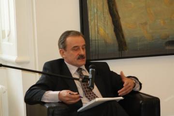 Tko je diplomat i novinar Hidajet Biščević, hrvatski veleposlanik u Beogradu?