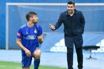 Dinamov napadač Bruno Petković objavom na Instagramu oprostio se od Nenada Bjelice.