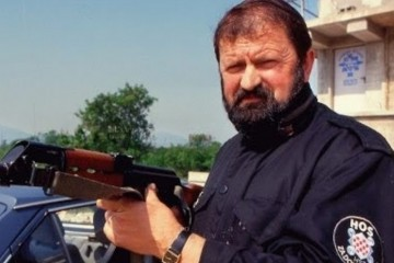 9. kolovoza 1992. ubijen je Blaž Kraljević zapovijednik  HOS-a