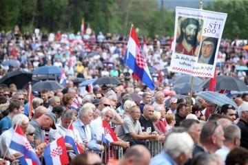 JE LI 'BLEIBURGU' ODZVONILO? Austrijancima je dosta ustaških simbola, već propisali visoke kazne. Seli li se komemoracija trajno u Hrvatsku?