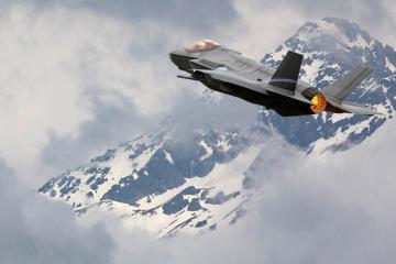 Švicarska kupuje 36 borbenih aviona F-35 Lightning II