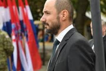MILOŠEVIĆ U VARIVODAMA: 'I Srbi trebaju priznati da je to bila pobuna protiv legalne vlasti'