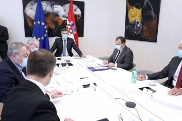 Božinović nakon sastanka Znanstvenog savjeta: Mjere koje danas ističu - produljuju se. Strože mjere moguće po županijama