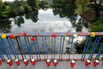 Branitelji na Koranskom mostu iako je SNV odustalo od komemoracije za ubijene srpske rezerviste