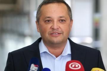 Epidemiolog Kolarić: Naš sustav praćenja je malo probušen i curi na sve strane. Imamo lokalno širenje epidemije