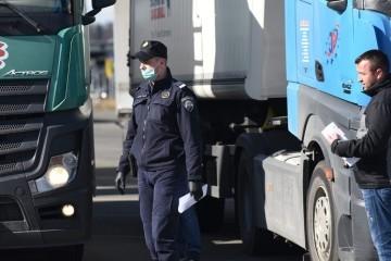 Prijevoznik iz Slavonskog Broda poručio Vladi: 'Ovako možemo izdržati još mjesec dana'