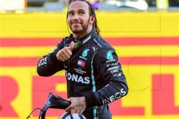 Lewis Hamilton nakon novog uspjeha: 'Ovo je za svu djecu na svijetu koja misle da je nešto nemoguće'
